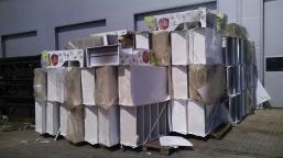 Displays ST 117 items