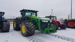 John Deere 8335R farm tractor