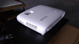 Multimedia equipment (projectors, lenses)