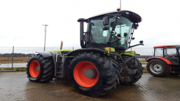 Agricultural tractor CLAAS XERION 3800 TRAC VC