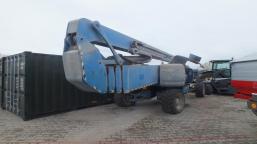 GENIE Z 135/70 articulated petrol platform