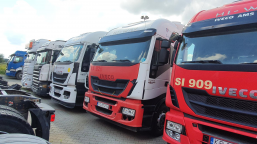 Iveco AS440T/P 4x2 Hi-Way