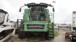 JOHN DEERE T660 T600 harvester with HEDER 625R / 625R