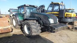 VALTRA T213 VERSU agricultural tractor