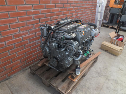 YANMAR yacht engine with YANMAR Y4LHA Y4LHA equipment - STP