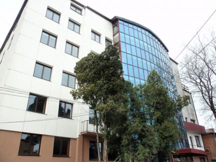 Budynek biurowo-hotelowy
