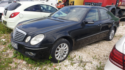 Offer for the scrapping of a Mercedes-Benz E sedan