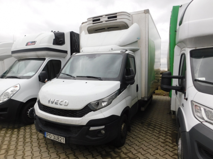 AUCTION OF THE DAY Iveco Daily 35S17 Euro 5 + lift