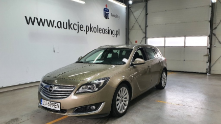 Opel Insignia A Sports Tourer 2.0 CDTI Cosmo aut
