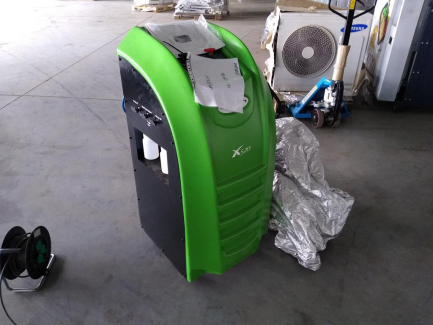 VIAKEN X520 semi-automatic air-conditioning service station