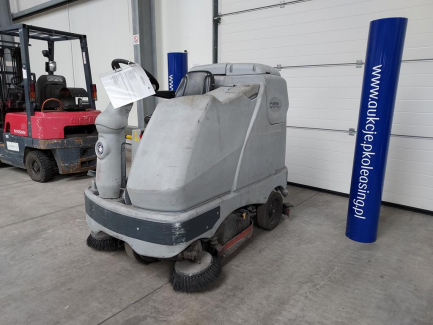 Scrubber and collector NILFISK BR 1100 SC