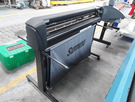 Cutting plotter Summa D120 sn 851502-10119