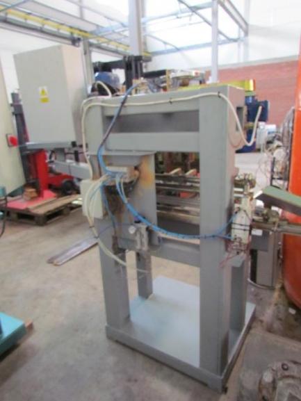 Automat wiercąco-gwintujący REN-POL GW 700