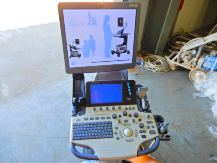 GE Ultrasound Korea ultrasound machine. Ltd. LOGIQ S8 R1 is R2 UPG