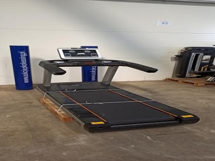 IRON FITNESS LED Screen 700L treadmill