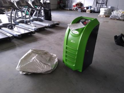 Semi-automatic air conditioning service station VIAKEN X520 version R1234YF