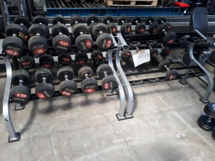 Zestaw hantli gumowych ze stojakiem 15kg, 22,5KG-32,5KG JORDAN (stojak na 10 par)