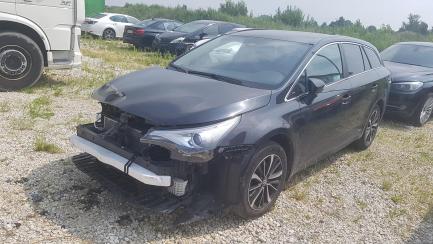Toyota Avensis Kombi 2.0 D-4D Premium