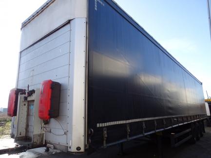 SCHMITZ SCB * S3T SCS 24 / L-13.62 E B curtain semi-trailer