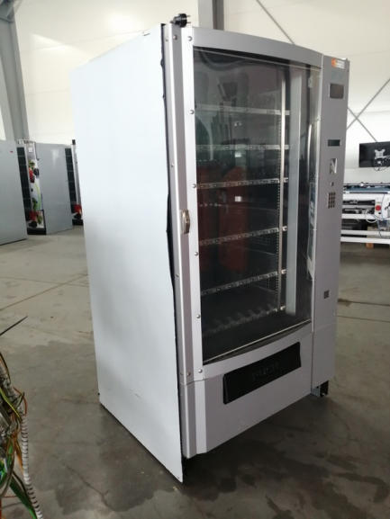 BIANCHI VENDING AUTOMATIC Vending Group S.p.A BV695