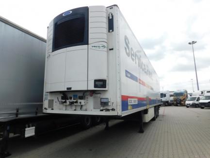 SCHMITZ CARGOBULL AG SCB * S3B SK0 refrigerator semi-trailer