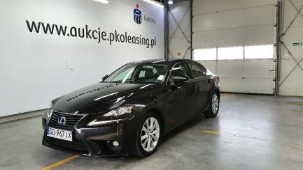 Lexus IS300h Elegance