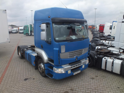 AUCTION OF THE DAY Renault PREMIUM Tractor unit