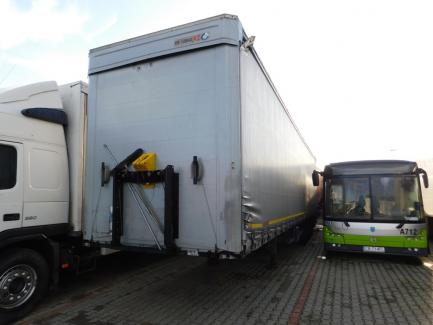 MEGA KOEGEL SN24 curtain semi-trailer