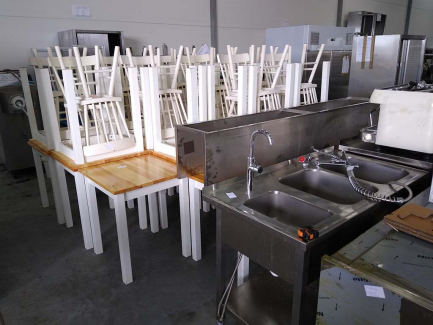 Catering equipment set