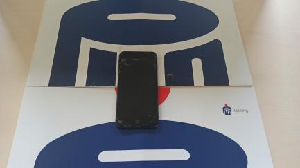 Apple iPhone 8 Plus 64GB Star Gray MQ8L2PM / A smartphone