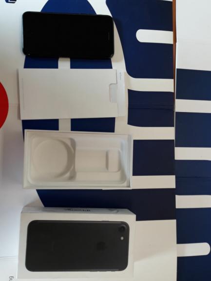Wiosenne obniżki| Prowizja 0% Uszkodzony - Telefon Apple iPhone 7 32GB