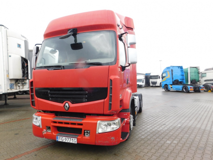 AUCTION OF THE DAY Renault PREMIUM