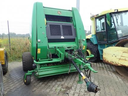 JOHN DEERE 854 variable chamber press