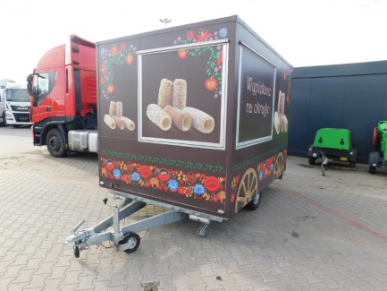 NIEWIADÓW gastronomic trailer H 75302 BS750 with equipment