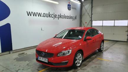 Wiosenne obniżki| Prowizja 1% Volvo S60 D2 Drive-E Momentum aut