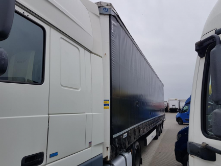 AUCTION OF THE DAY KRONE SDP27 Curtain trailer