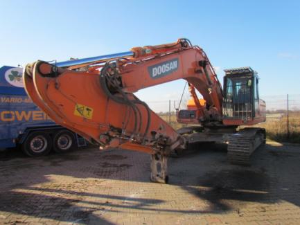 Doosan DX 340 LC crawler excavator