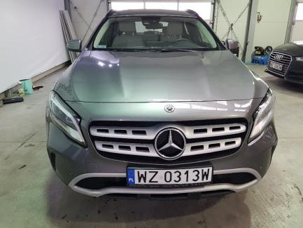 Mercedes-benz GLA200 7G-DCT