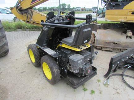 TUR N500 mini loader