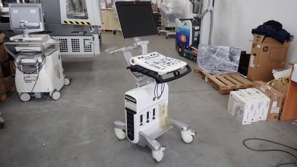 GE Healthcare Vivid S5 cardiological ultrasound scanner