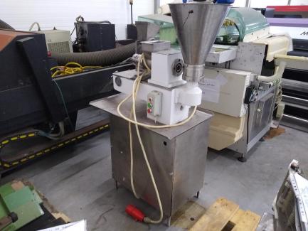Dumpling Filling and Forming Machine ANKO FOOD MACHINE CO. LTD. TAIWAN XTL-700 XL