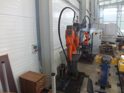Welding robot QROX RC 350